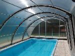 Single-side walkable swimming pool cover Optima, inner view
